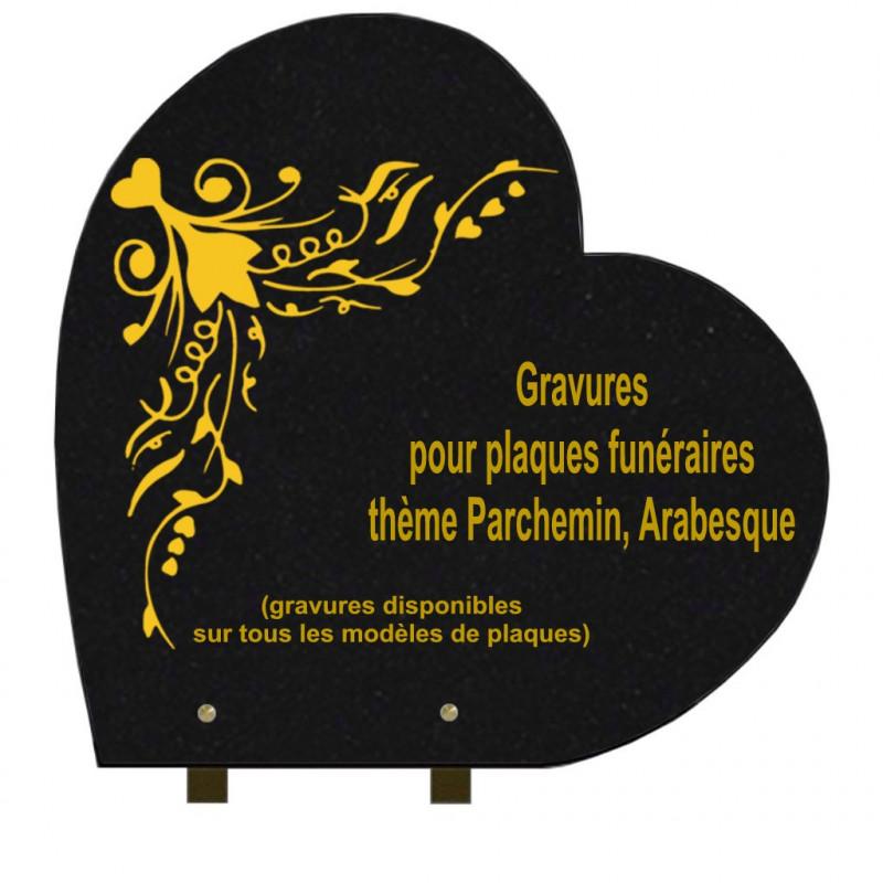 PLAQUE FUNÉRAIRE 40X40 COEUR GRANIT SUR PIEDS PARCHEMINS ET ARABESQUES