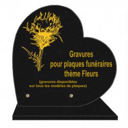 PLAQUE FUNÉRAIRE 30X30 COEUR SUR SOCLE GRAVURE FLEURS